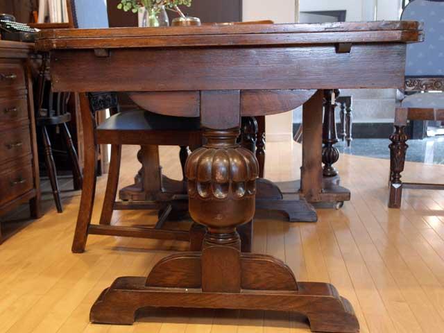 画像4: ダイニングテーブル