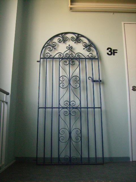 画像1: アイアン ドア