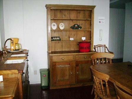 画像1: オールドパイン キッチン ドレッサー (カップボード)
