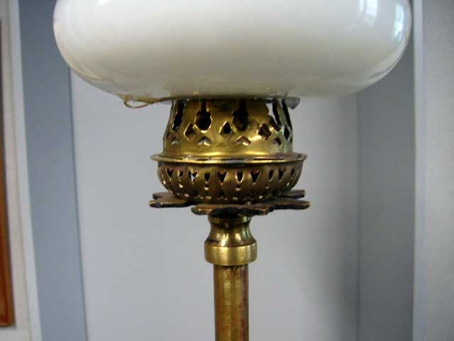 画像2: オイルランプスタンド 伸縮可(シェード付き)