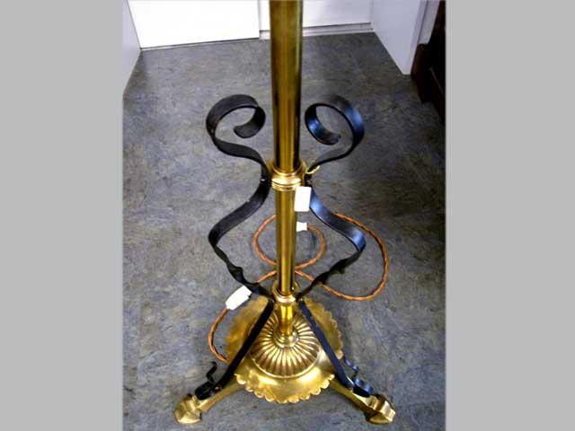 画像4: オイルランプスタンド 伸縮可(シェード付き)