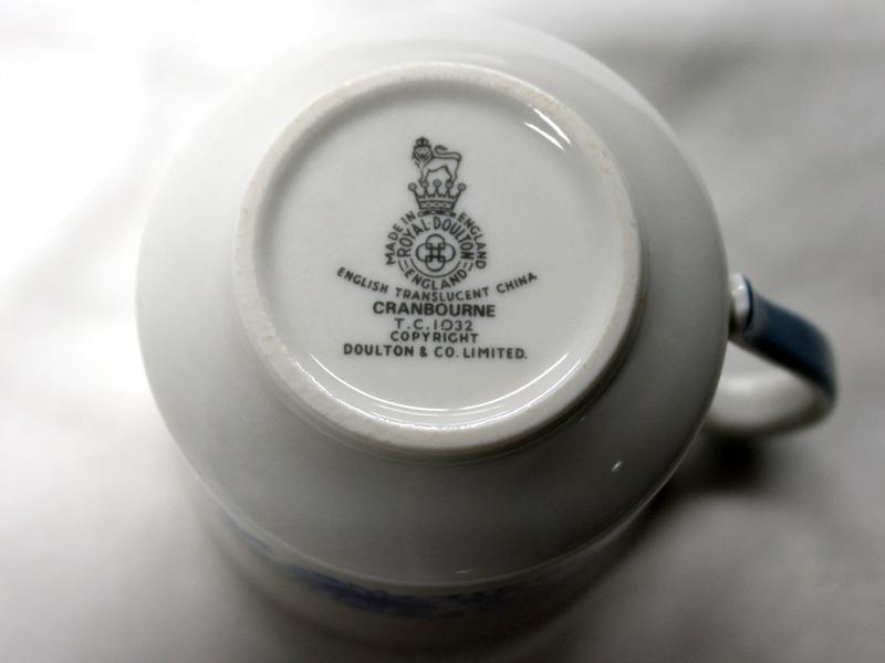 画像4: ロイヤルドルトン(Royal Doulton)  カップ&ソーサー