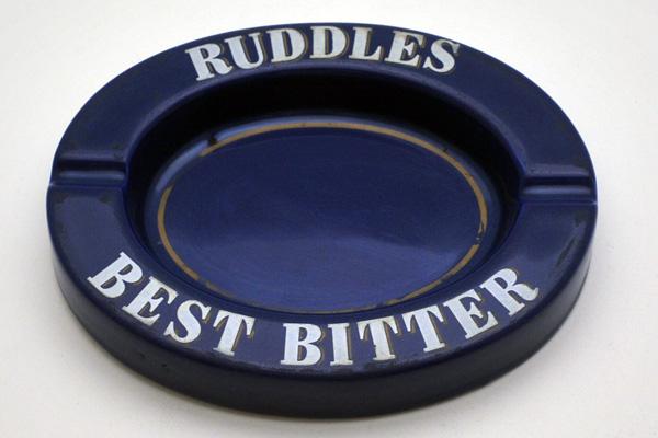 画像1: 灰皿 (Ruddles)