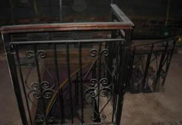 画像3: 螺旋階段