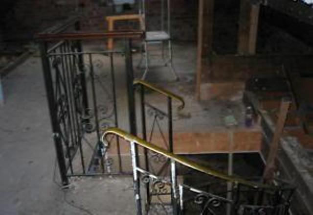 画像2: 螺旋階段