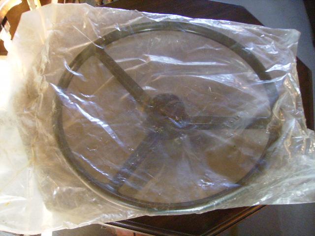 ステアリング MINI クラブマン用 純正 新品 未使用 英国車・MINIのレアパーツ ステアリング