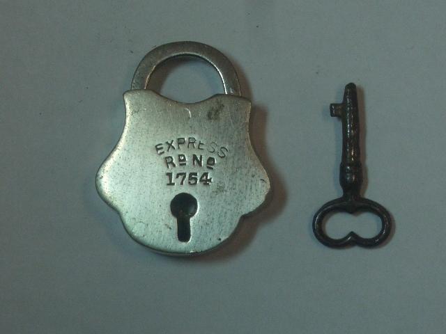 パドロック(EXPRESS  1754) 雑貨(道具・ガジェット) ロック/キー